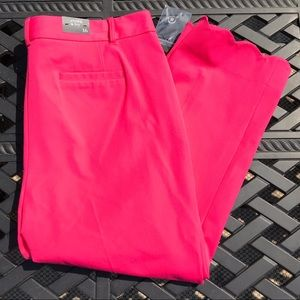 NWT Crown & Ivy Capri Pants